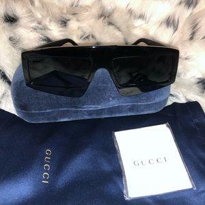 Authentic Black Gucci Sunglasses Never Worn